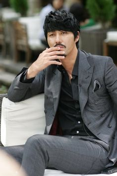 Cha Seung Won. The impenetrable fortress fringe