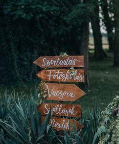 Calligraphy wedding signs / Esküvői tábla