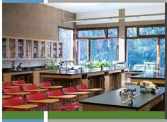 Instructional Lab with lots of daylighting, nature views, welcoming materials