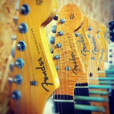 (^з^)-☆ #telecaster #tele #stratocaster #strato #fender #guitar