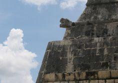 Chichen Itza (/tʃiːˈtʃɛn iːˈtsɑː/,[1] Spanish: Chichén Itzá [tʃiˈtʃen iˈtsa], from Yucatec Maya