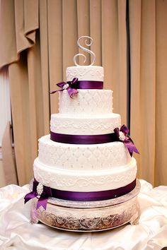 Arlington Wedding Photographer | F + Vs Modern Mediterranean Villa Wedding Ceremony & Reception #wedding #cake