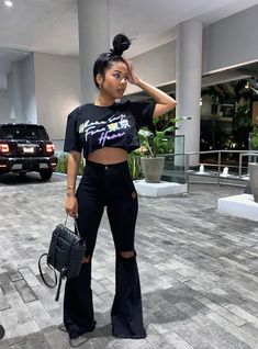 outfit ideas for women ; outfit ideas for school ; outfit ideas for winter ; outfit ideas for women over 40 ; Girls Winter Fashion, Black Girl Fashion, Fall Fashion Outfits, Fashion Week, Black Girl Style, Woman Fashion, Fit Black Girl, Black Girl Swag, Color Fashion