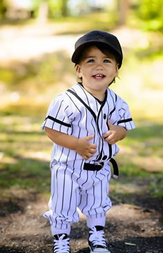 Kasenu0027s 1st birthday baseball pictures   Kasen 1st birthday party and picture ideas   Pinterest   Baseball pictures Birthdays and Birthday boys  sc 1 st  Pinterest & Kasenu0027s 1st birthday baseball pictures   Kasen 1st birthday party ...