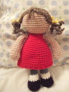 Les poupées sans visage: ma première poupée, la poupée doumya