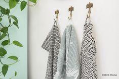 4 styling tips voor de keuken in een huurwoning met handige diy's Bathroom Hooks, Home Kitchens, Diys, Gardens, Houses, Interiors, Dreams, Amazing, Bricolage
