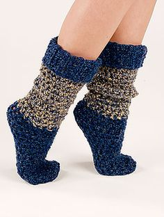 Blue Tweed Socks By Hsaron Hatfield - Free Crochet Pattern - (crochet-world) Crochet Socks Pattern, Crochet Boots, Crochet Gloves, Crochet Slippers, Love Crochet, Knit Crochet, Crochet Patterns, Chunky Crochet, Easy Crochet Socks