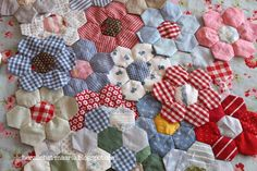 herzlichst, maaria ♥: hexagon    Sweet Gingham Hexagons