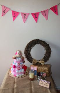Christy: Cowgirl Baby Shower -- Cute sign in set up! Could put wishes for baby here! Baby Shower Game Gifts, Baby Shower Drinks, Free Baby Shower Printables, Baby Shower Activities, Baby Shower Centerpieces, Baby Shower Decorations, Rustic Birthday Parties, Baby Shower Cakes Neutral, Cowgirl Baby Showers
