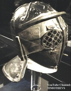 "Learn more about the provocator: https://www.youtube.com/watch?v=n0Ct64vi5tQ&list=PLabDxfGj6LIcG80kg6yLHpm1xVcV_pSdQ&index=3 Bronze provocator helmet: side view. Pompeii, 1-79 CE, Gladiator exhibition (""Gladiatoren: Helden van het Colosseum""), Gallo-Romeins Museum, Tongeren (Belgium)."