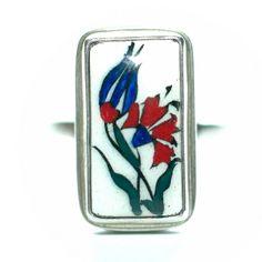 Anéis de prata com cerâmica pintada a mão, retratam os azulejos de Istambul, exclusividade Hazine Acessórios, confira nos links abaixo!! http://www.hazineacessorios.com.br/aneis/anel-de-prata-cod-h-4008.html
