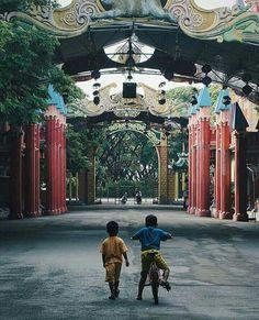 Gerbang / Gate pantai Ria kenjeran
