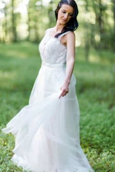 Photography: Caroline Lima Photography - carolinelima.com  Read More: http://www.stylemepretty.com/little-black-book-blog/2014/12/01/serene-farmland-wedding-inspiration/