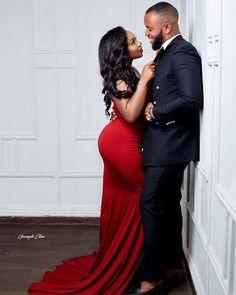 Elegant Engagement Photos, Engagement Photo Poses, Engagement Couple, Couple Photoshoot Poses, Couple Photography Poses, Wedding Photoshoot, Wedding Shoot, Photography Ideas, Cute Black Couples