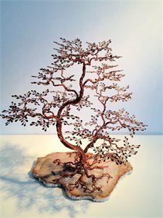 Arbre de vie / tree of life : Sculpture bonsais sokan fil de cuivre sur plaque de bois fossilisé