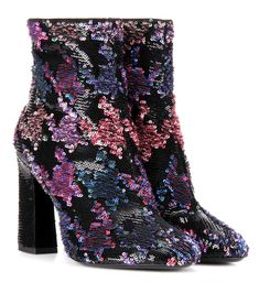 ROGER VIVIER Bootie Chunky sequin-embellished ankle boots. #rogervivier #shoes #boots