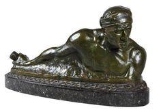 """Gaston HAUCHECORNE (1880-1945) """"Pirate malais"""" Bronze à patine brun nuancé sur socle de marbre. Signé. Dim totales : 44 x 77 x 23 cm ESTIMATION: 800 - 1 000 € Vente du 9/12/2017 Enchères Côte d'Opale SARL"""