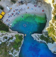 Stiniva Bay, Vis Island , Croatia (Fuente:Instagram📷)