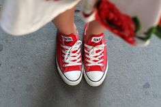 Converse red chuck snaekers   Outfit the fashion blogger Irene's Closet www.ireneccloset.com
