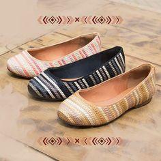 Sapatilhas bordadas para enfeitar sua segunda-feira.  #ValentinaFlats #shoes #fashion #loveit #loveshoes #shoeslover #flat #pretty #love