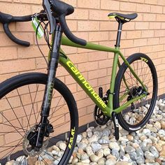 """""""The Lefty Oliver offers travel on the new Cannondale Slate Bicicletas Cannondale, Cannondale Bikes, Pedal, Road Bike Women, Bike Reviews, Bicycle Design, Road Bikes, Bike Life, Models"""