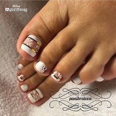 Looking for new and creative toe nail designs? Let your pedi always look perfect. We have a collection of wonderful designs for your toe nails that will be appr Pretty Toe Nails, Cute Toe Nails, My Nails, Toe Nail Color, Toe Nail Art, Nail Colors, Nail Nail, Color Block Nails, Nail Glue