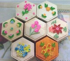 How to Create Amazing Paper Crafts with Paper Quilling?