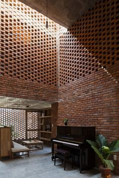 Termitary House designed by Tropical Space, Thanh Khê District, Da Nang, Vietnam - 2014.