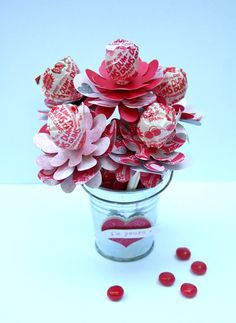 A #DumDums bouquet is the perfect way to show your affection! Spangler valentines day