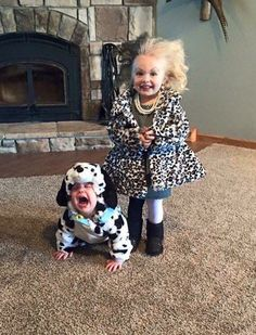 What a sweet couple of kids! We like this Halloween costume idea for kids #101dalmatians