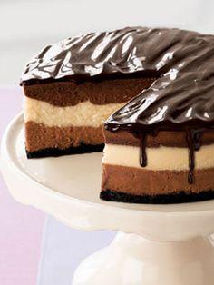 cheesecakes on cheesecakes on cheesecakes.