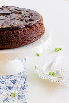 Homemade 'Easy' Chocolate Cake | Au Petit Goût