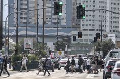 Conflito entre tecnologias torna Central de Trânsito quase inútil em Florianópolis +http://brml.co/2cEishJ