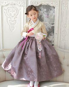 ::: 도담도담 모바일 ::: Korean Dress, Korean Outfits, Kids Outfits, Korean Traditional Dress, Traditional Dresses, Korea Fashion, Kids Fashion, Baby Girl Dresses, Flower Girl Dresses