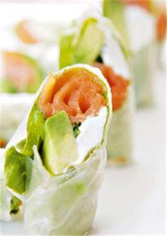 Rollos de papel de arroz con salsa agridulce De Buena Mesa                                                                                                                                                                                 Más Diet Recipes, Vegetarian Recipes, Snack Recipes, Healthy Recipes, Food N, Food And Drink, Healthy Snaks, I Foods, Finger Foods