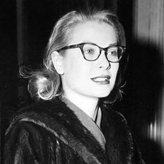 Princess Grace Alphabet - by PogglePoppy G is for Glasses