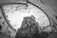 Castle Strakonice Czech Republic, Castles, Louvre, Architecture, Building, Travel, Arquitetura, Viajes, Chateaus