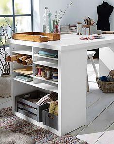 Weißer Schreibtisch für 179€ - Endlich mal einen Schreibtisch mit viel Stauraum und einer großen Arbeitsfläche.