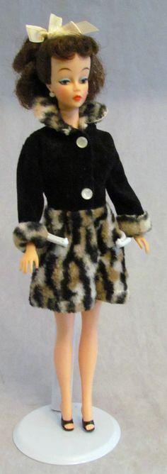 Vintage 1960 Barbie Clone Original Mitzi MCMLX 1 Ideal Toy Corp Doll