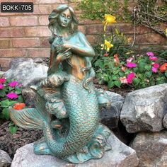 Bronze Mermaid Garden Statue Detail: This is a beautiful mermaid sitting on the rock and resting. Our bronze mermaid garden statue is beautifully vibrant and simple design. Steel Sculpture, Bronze Sculpture, Sculpture Art, Garden Sculpture, Animal Sculptures, Fairy Statues, Gnome Statues, Garden Statues, Mermaid Sculpture