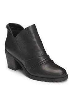 AEROSOLES Black Leather Incline Boot