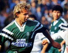 Stan Valckx, - central Holandes nos anos 80'as com Balakov na imagem.