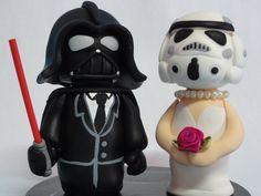 Topo de bolo Noivos Star Wars, modelados em biscuit.