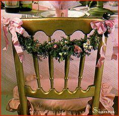 L' Albero di Natale: Decorazioni sedie