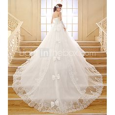 Ball Gown Sweetheart Chapel Train Lace Wedding Dress   LightInTheBox