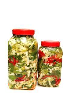 Canning Vegetables in a Pressure Cooker Canning Vegetables, Crock Pot Freezer, Salty Foods, Pressure Canning, Jar Labels, 20 Min, Pressure Cooker Recipes, Food Storage, Freezer Storage