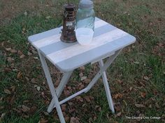 Crackle Finish Table Top -- $1 table! ~ * THE COUNTRY CHIC COTTAGE (DIY, Home Decor, Crafts, Farmhouse)