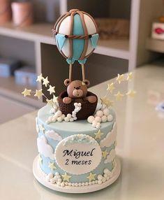 Encantador esse bolo no tema Ursinho Baloeiro! Credito: @ladocicadoces #Festainfantil #MesVersario #BoloPersonalizado #BoloUrsinhoBaloeiro #FestaUrsinhoBaloeiro #UrsinhoBaloeiro #Ursinho #Baloeiro #FestaMenino