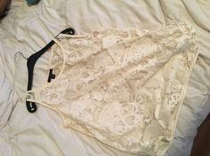 Je viens de mettre en vente cet article  : Top, tee-shirt Zara 15,00 € http://www.videdressing.com/tops-tee-shirts/zara/p-6364675.html?utm_source=pinterest&utm_medium=pinterest_share&utm_campaign=FR_Femme_V%C3%AAtements_Hauts_6364675_pinterest_share