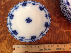 Flow Blue Clover Grindley Bread Plate by JennersGemsVintage, $28.00